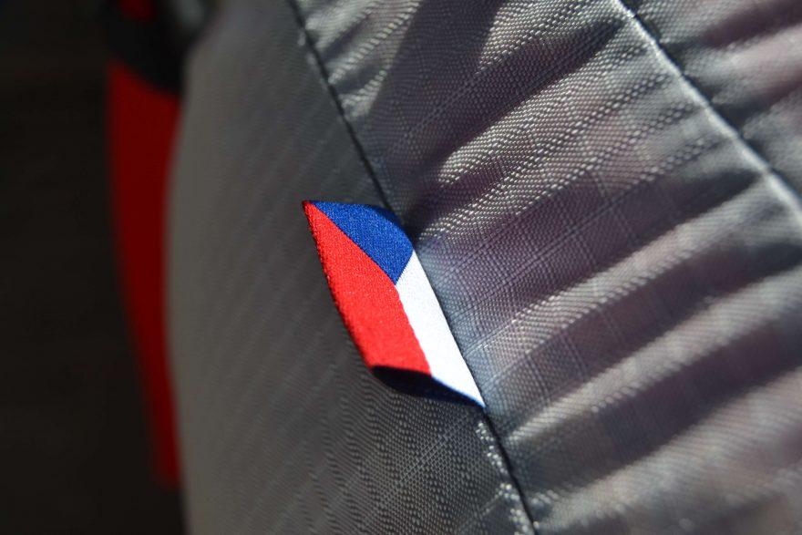 vlajka na batohu doldy cesky vyrobce
